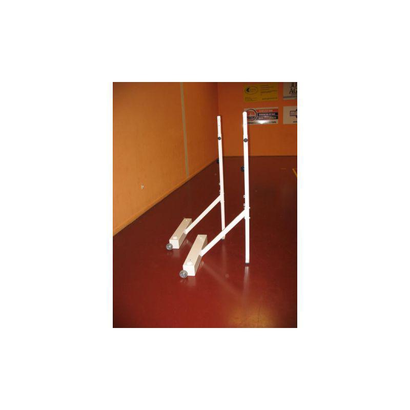 Badmintonové sloupky - mobilní na kolečkách, závaží plněné pískem