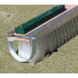Koště na umělý trávník šíře 200cm vysypávaný křemičitým pískem