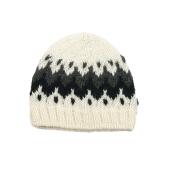 Ručně pletená čepice bílá
